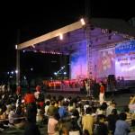 2003 擁抱香港 - 維園010